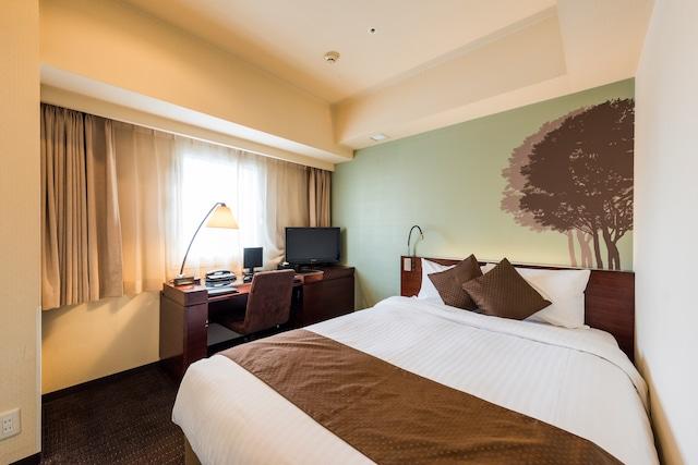 ホテル京阪札幌 シングル 15㎡ ベッド幅140㎝