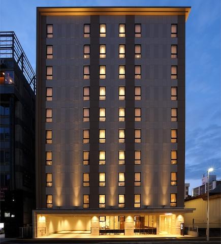 ホテルネッツ札幌 外観(夜)