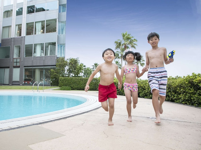 グランドプリンスホテル広島 プール
