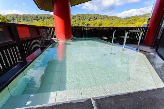 ホテル甘露の森 天空露天風呂