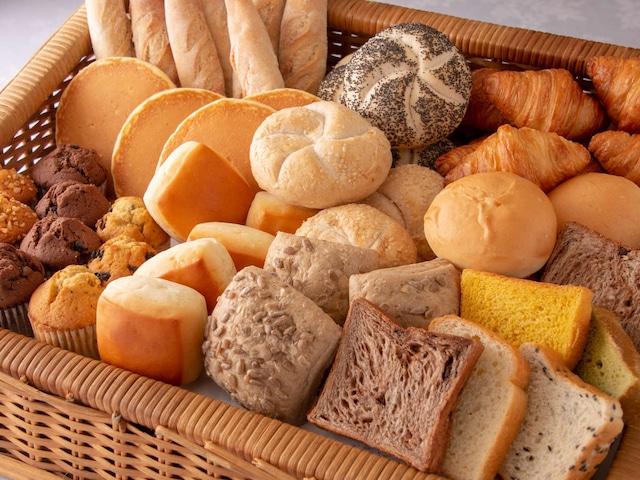 徳島グランヴィリオホテル 朝食 パン