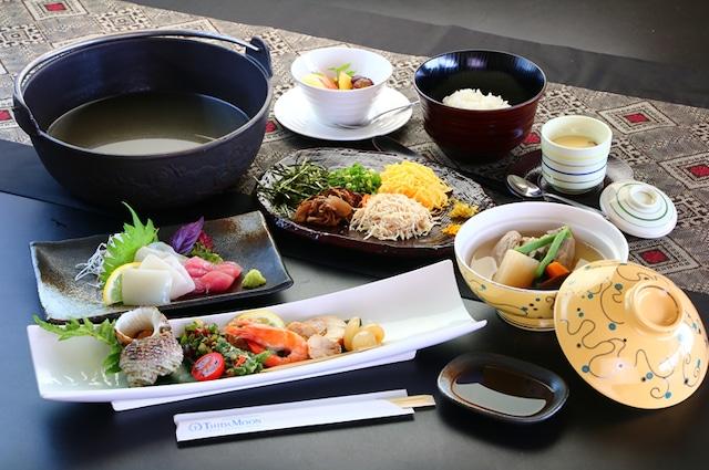 奄美リゾートホテル ティダムーン 島会席 一例