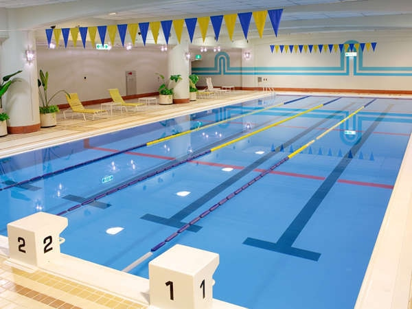 ザ クラウンパレス新阪急高知 SwimmingPool スイミングプール 20m