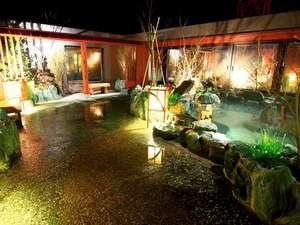 天然温泉 岩木桜の湯 ドーミーイン弘前 夜露天風呂