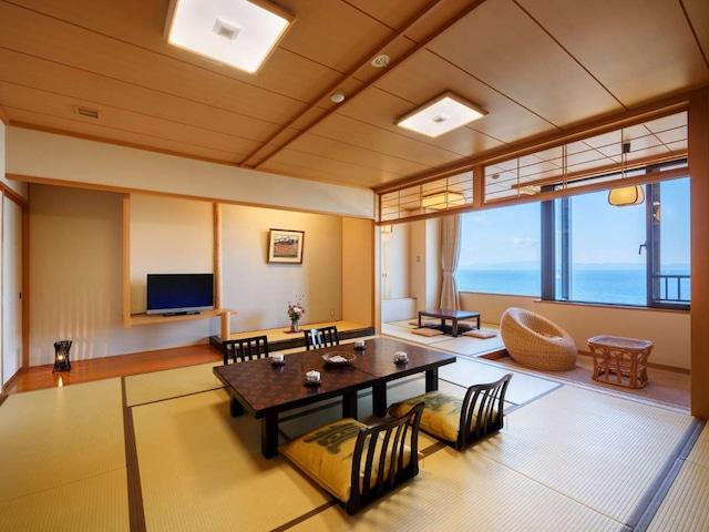 浅虫温泉 南部屋 海扇閣 和室【海側 12.5畳+4.5畳】