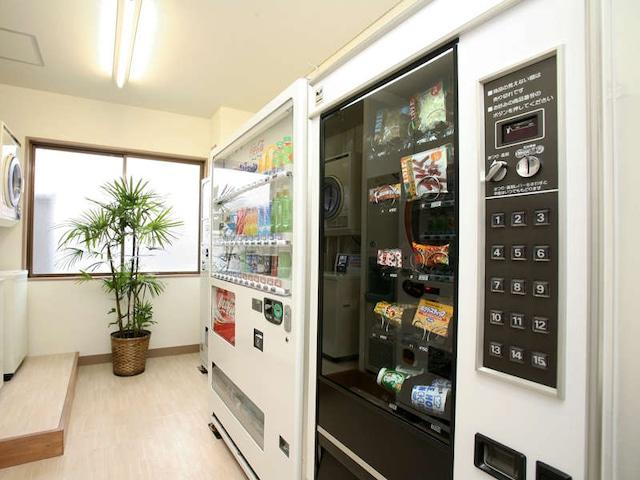 ホテルパールシティ八戸 自動販売機コーナー