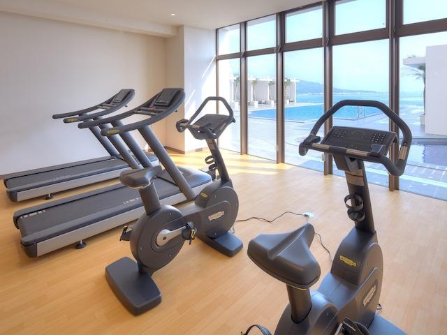 アラマハイナ コンドホテル トレーニングルームあり