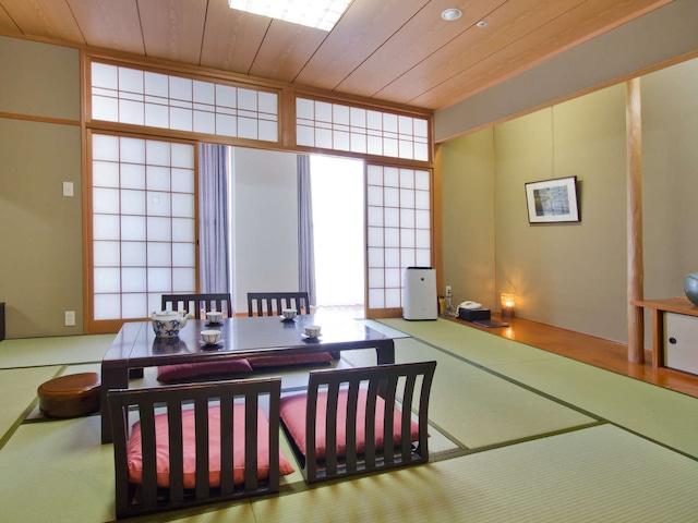 湯ノ浦温泉 ホテルアジュール汐の丸 お部屋おまかせ