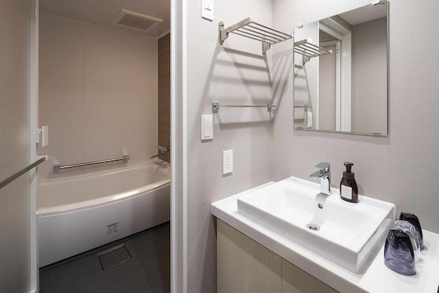 【上野】GRIDS TOKYO UENO HOTEL&HOSTEL ベーシックルーム6名定員 バスルーム