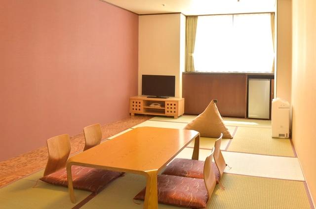 ホテル甘露の森 スタンダード和室(10.5畳)
