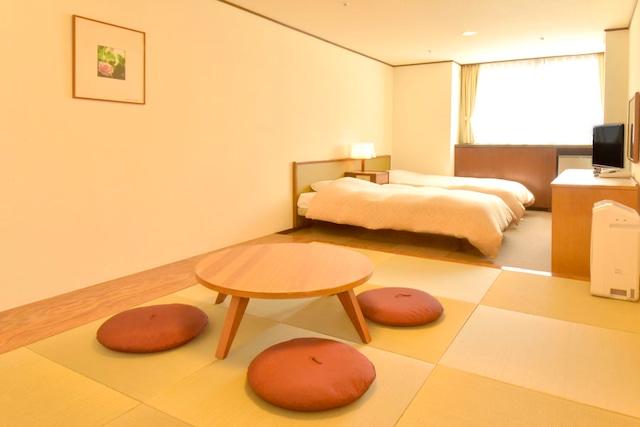 ホテル甘露の森 スタンダード和洋室