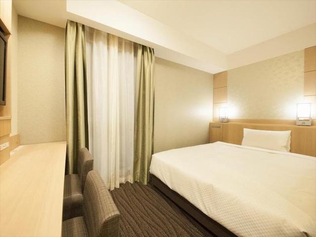 ベッセルホテルカンパーナ京都五条 スタンダードシングル・セミダブル【建物側の為外の景色は見えません】