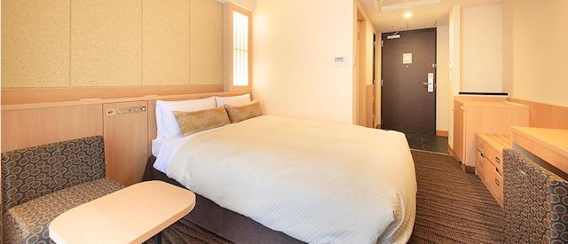 ベッセルホテルカンパーナ京都五条 デラックスシングル・ダブル(19㎡)ベット幅140cm