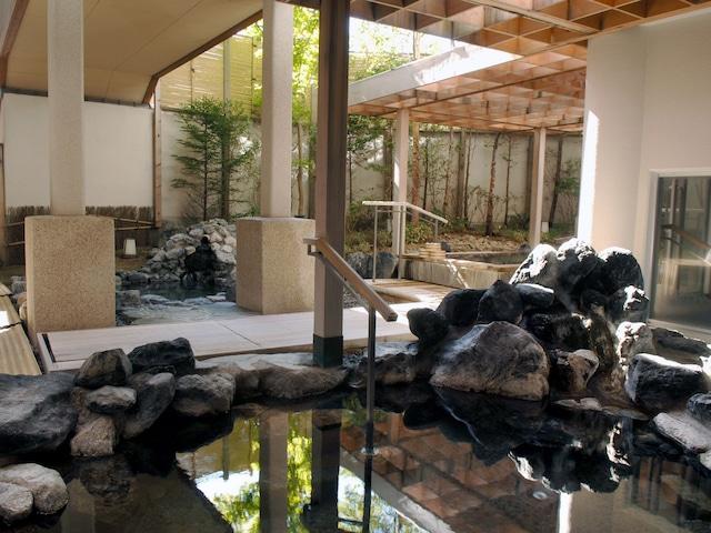 花びしホテル 男性温泉大浴場「ひしの湯」 露天風呂
