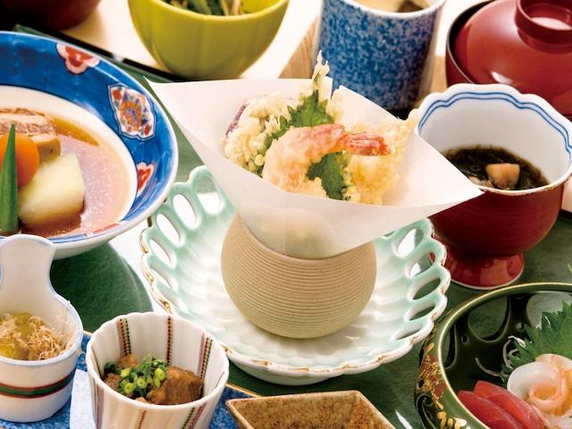 ロイヤルホテル 沖縄残波岬 日本料理・琉球料理「花織(はなうい)」 ※イメージ