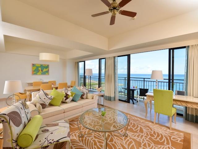 サザンビーチホテル&リゾート沖縄 クラウンオーシャンスイート