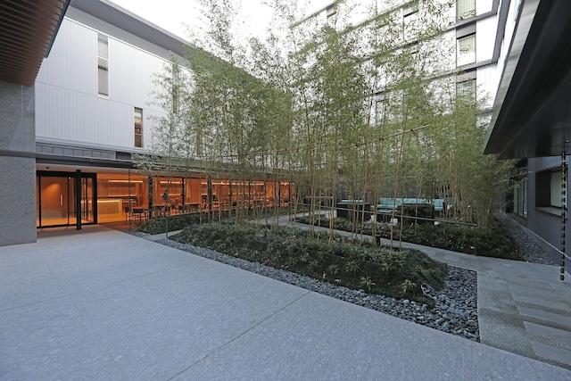 【潮見】東京イーストサイド ホテル櫂会(カイエ) 2階中庭