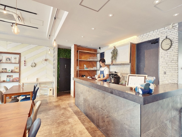 HOTEL385 レストラン「珊瑚食堂」