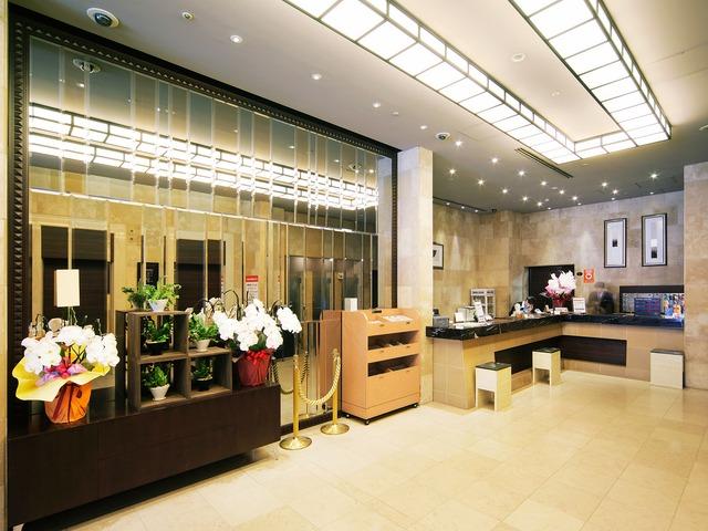 【四谷・新宿】ホテルウィングインターナショナルプレミアム東京四谷 フロント・ロビー