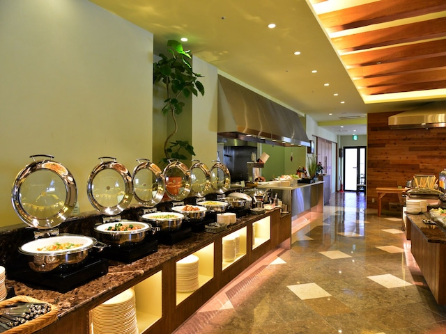 パシフィックホテル沖縄 ガーデンレストラン竜潭