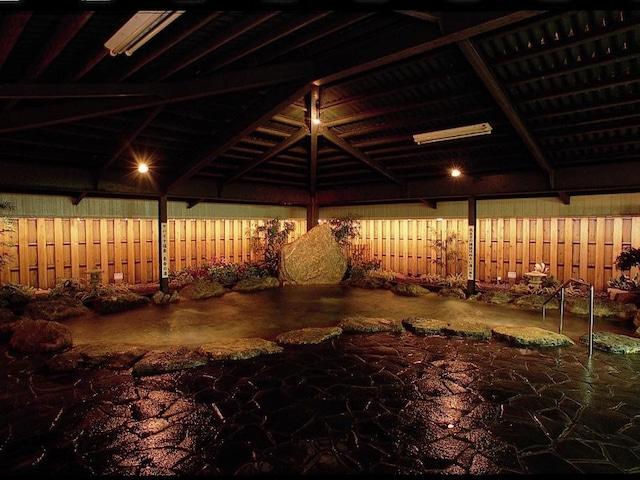 ホテルマハイナウエルネスリゾートオキナワ 宿泊者無料の大浴場あり