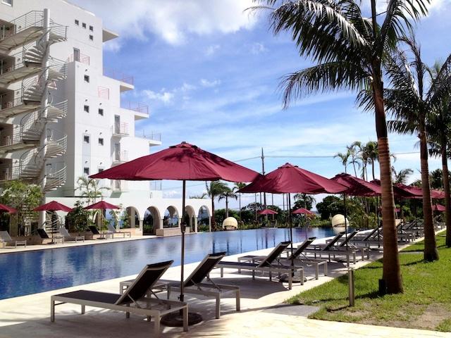 ホテルマハイナウエルネスリゾートオキナワ ガーデン_プール