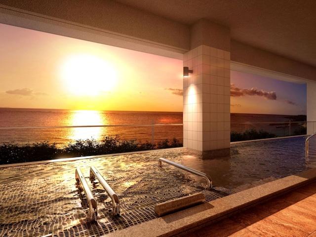 ロイヤルホテル 沖縄残波岬 旅の疲れを癒す 大浴場