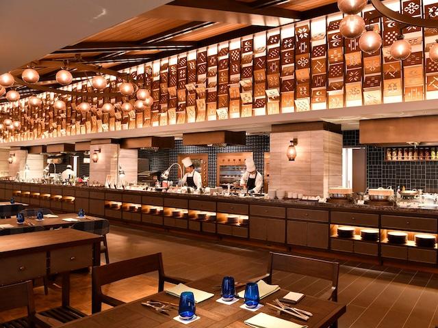 フサキビーチリゾートホテル&ヴィラズ レストラン「ISHIGAKI BOLD KITCHEN」