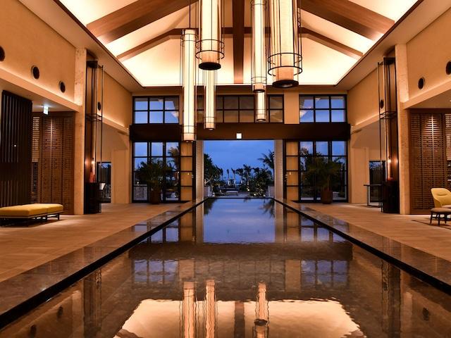 フサキビーチリゾートホテル&ヴィラズ おしゃれなロビー
