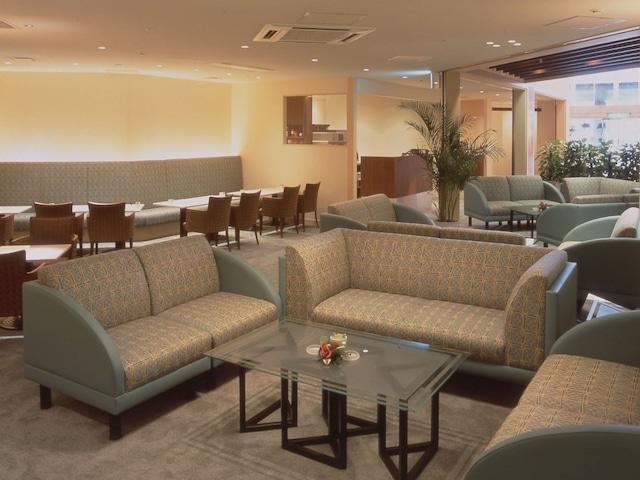 ホテルヒューイット甲子園 カフェラウンジ「ルバード」