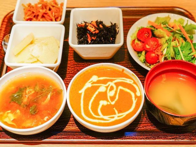 変なホテル東京 銀座 朝食