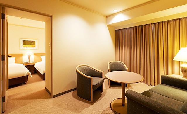センチュリーロイヤルホテル コーナーデラックス