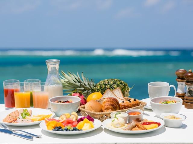 シェラトン沖縄サンマリーナリゾート ダイニングルーム【センス】朝食ブッフェイメージ
