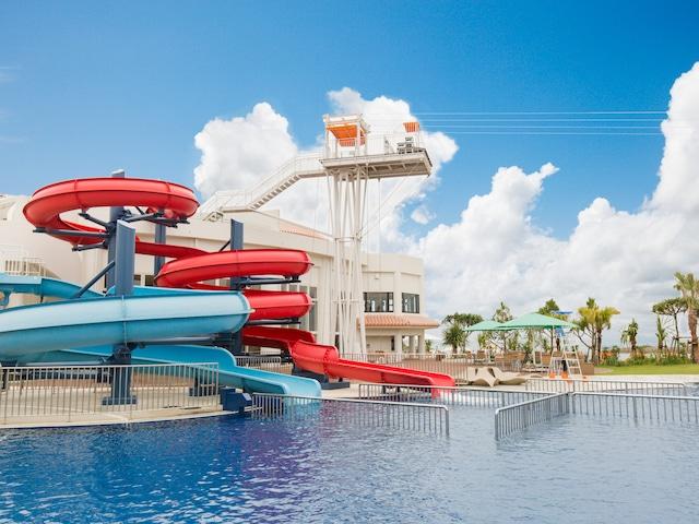 シェラトン沖縄サンマリーナリゾート ウォータースライダー&メガジップ