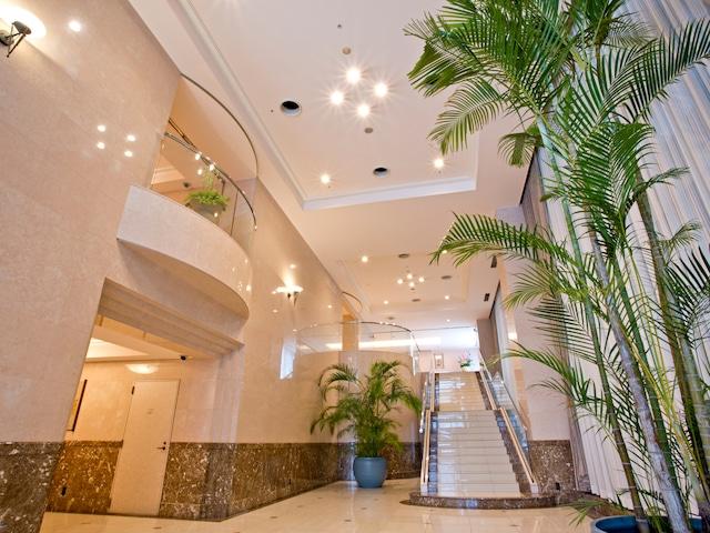 天然温泉八百治の湯 八百治博多ホテル エントランス