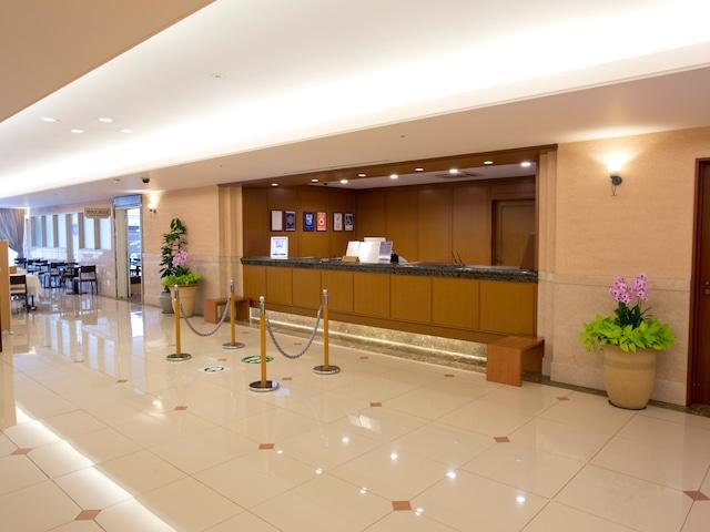 天然温泉八百治の湯 八百治博多ホテル フロント