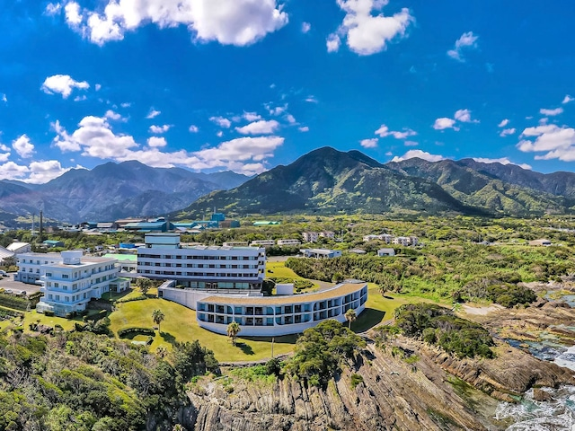 THE HOTEL YAKUSHIMA OCEAN & FOREST 外観