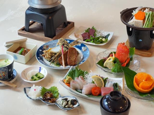 屋久島グリーンホテル ご夕食(一例)